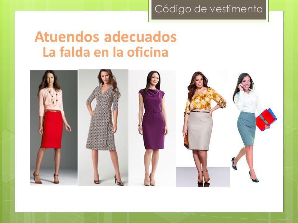 Código de vestimenta Atuendos adecuados La falda en la oficina