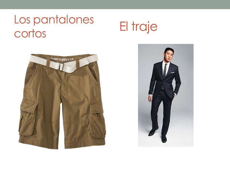 Los pantalones cortos El traje