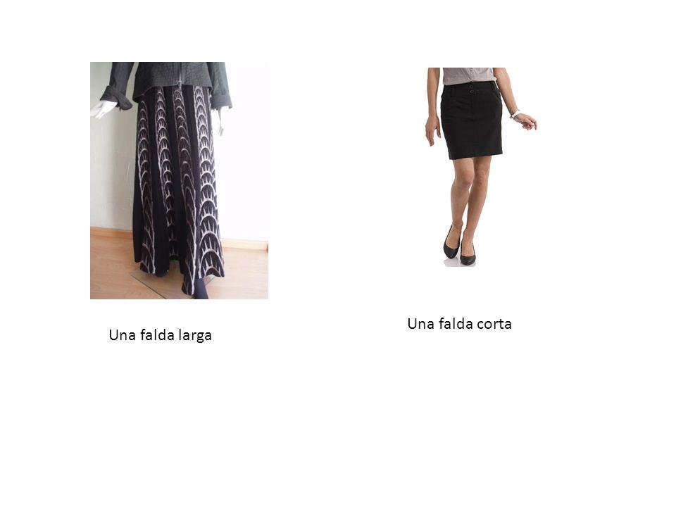 Una falda larga Una falda corta