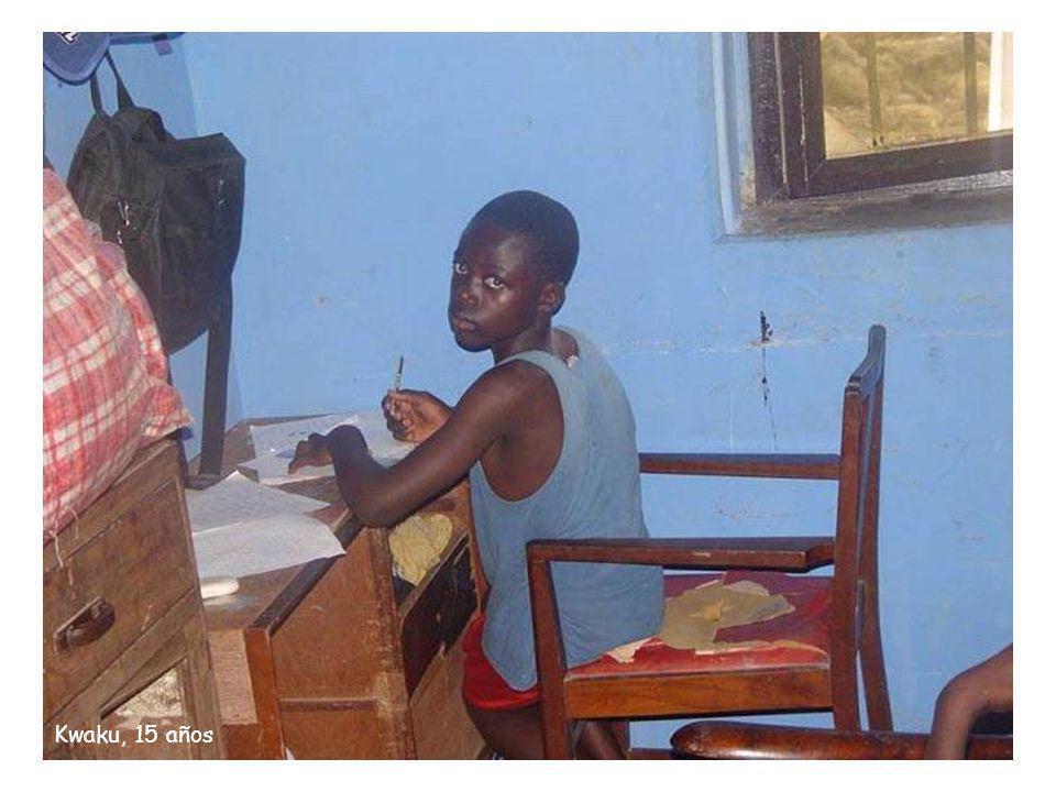 Issac, 14 años Essau, 16 años Boamah, 13 años Lawrence, 13 años