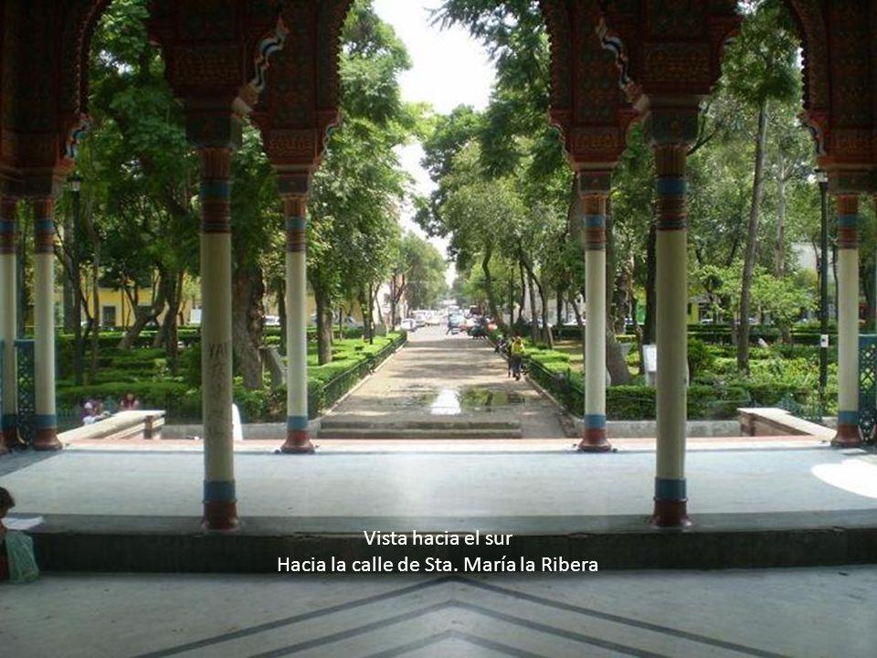 Vista hacia el sur Hacia la calle de Sta. María la Ribera