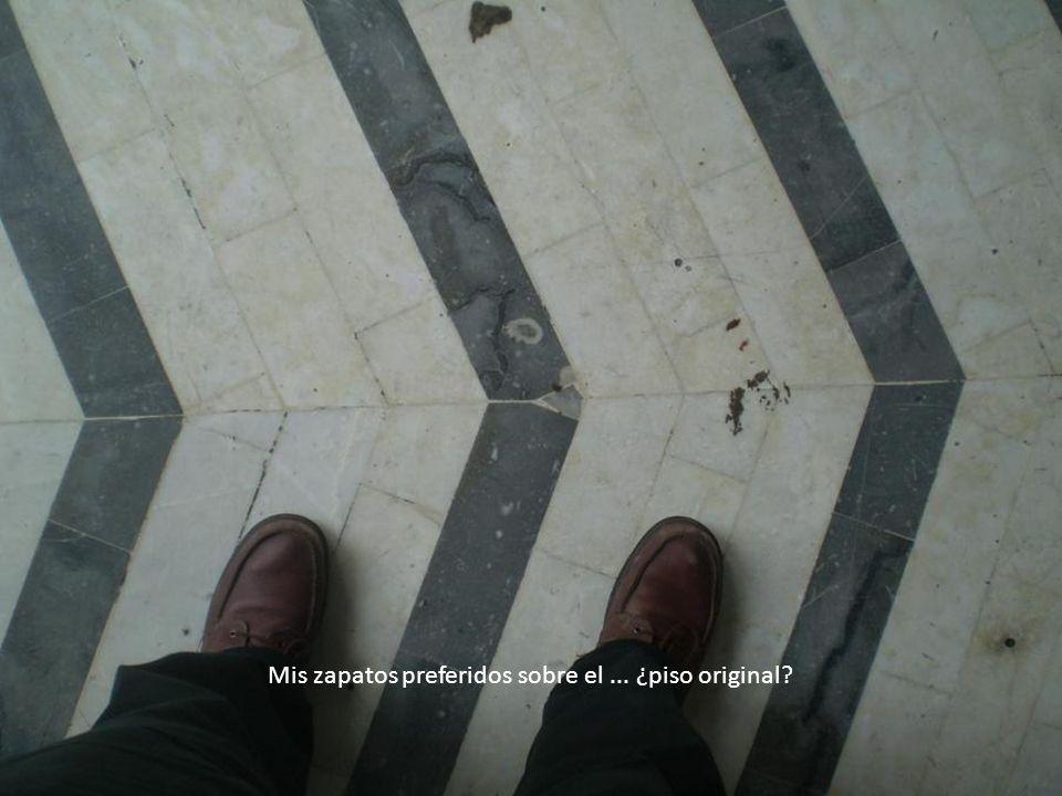 Mis zapatos preferidos sobre el... ¿piso original?