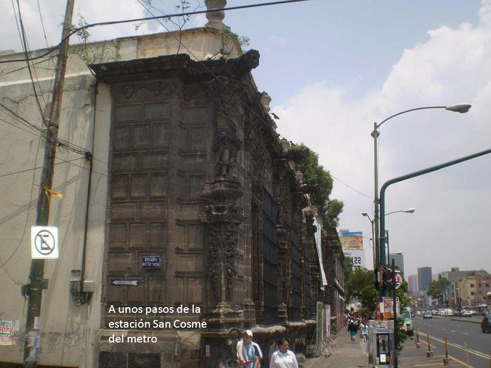 A unos pasos de la estación San Cosme del metro