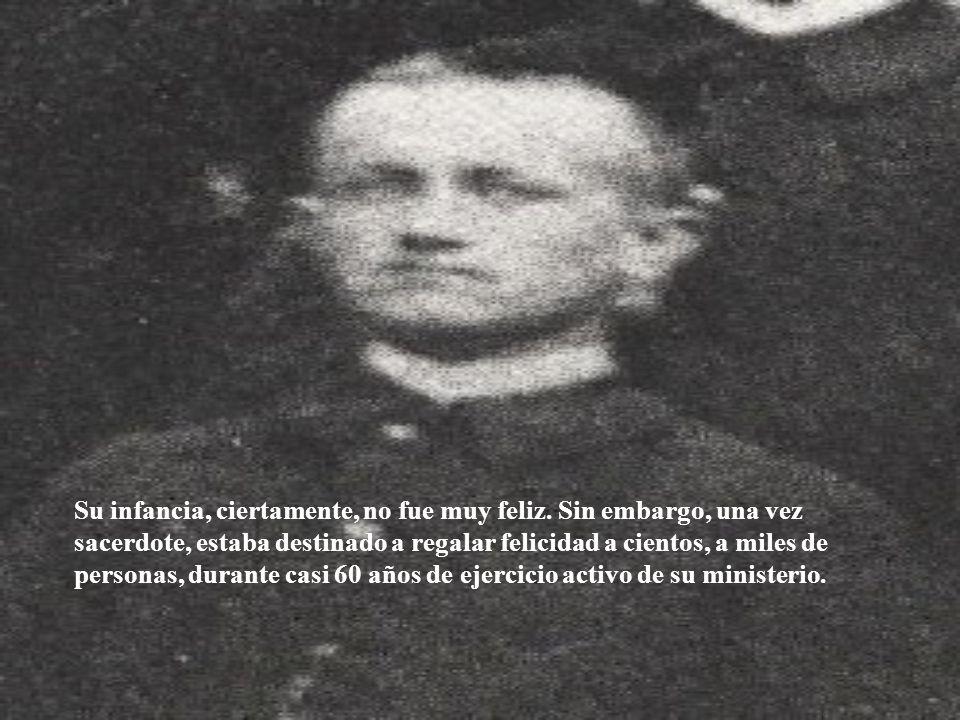 Con fecha de 23 de septiembre de 1899 está registrada su partida en los libros de la Casa San Vicente. y es recibido en la Casa de Estudios de los Pal