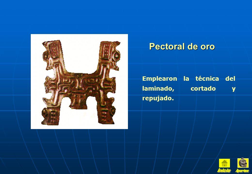Utilizaron el oro en sus creaciones con metal. En sus fases finales trabajaron el cobre. El arte metalúrgico servía para comunicar las ideas religiosa