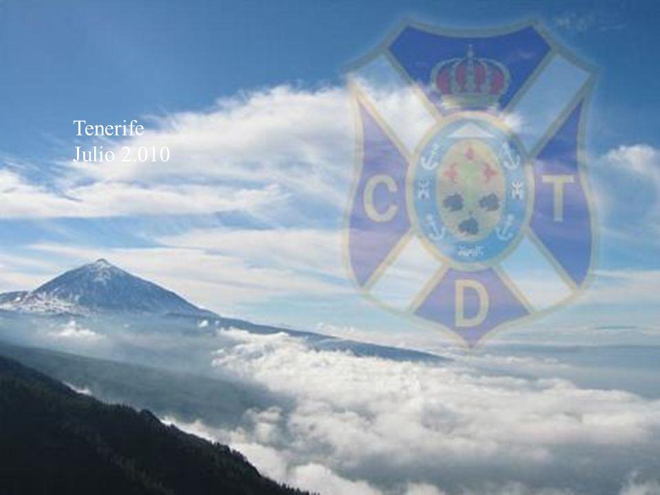 Saltar a la primera página DISEÑO En la 1ª Equipación de juego destaca el dibujo del Teide, el pico más alto de España (3.718 metros), declarado Patrimonio de la Humanidad por Unesco.