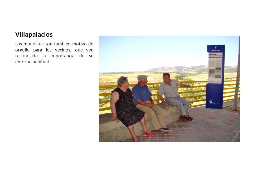 Villapalacios Los monolitos son también motivo de orgullo para los vecinos, que ven reconocida la importancia de su entorno habitual.