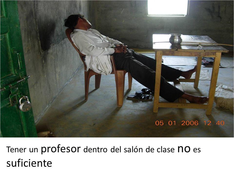 Tener un profesor dentro del salón de clase no es suficiente