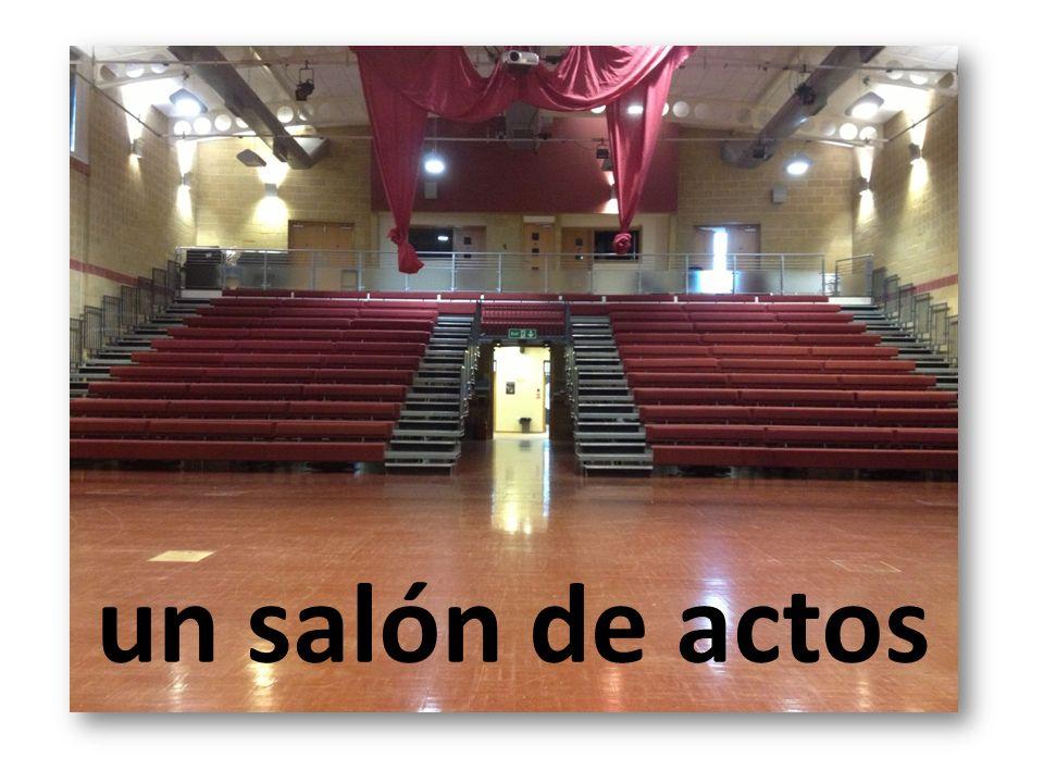 un salón de actos