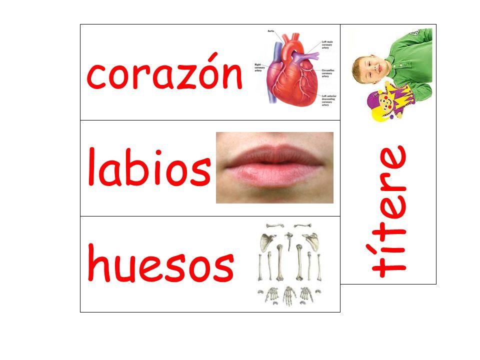 labios títere huesos corazón