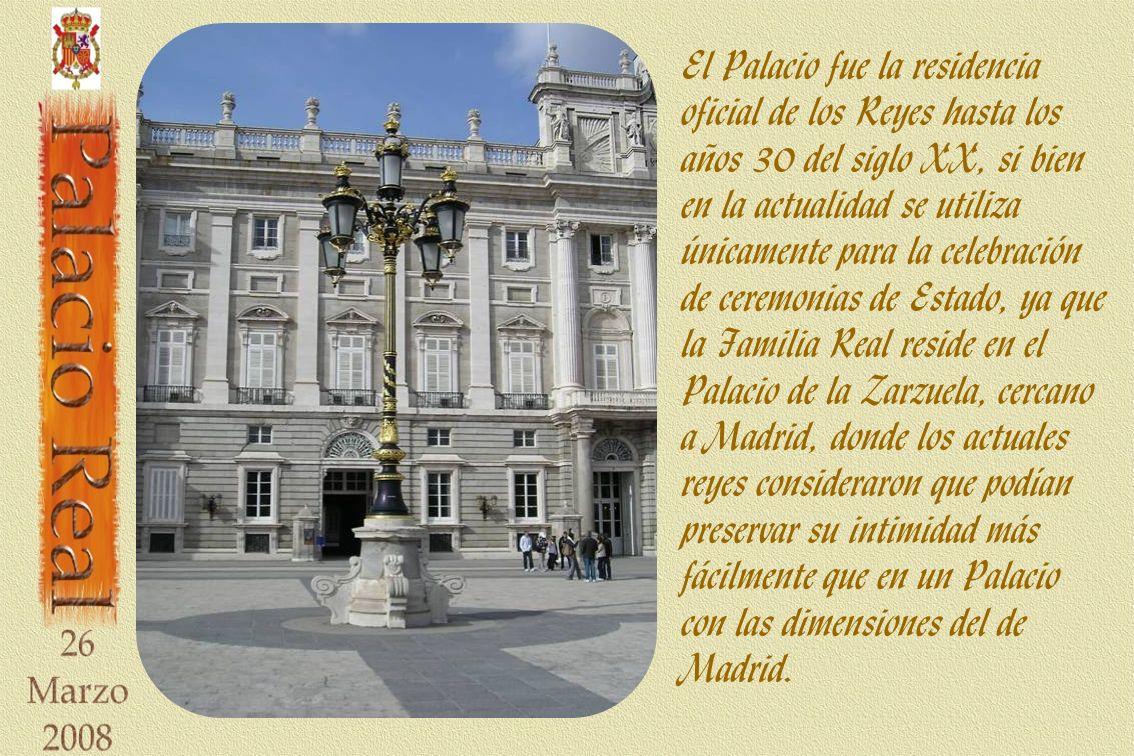 El Palacio fue la residencia oficial de los Reyes hasta los años 30 del siglo XX, si bien en la actualidad se utiliza únicamente para la celebración d