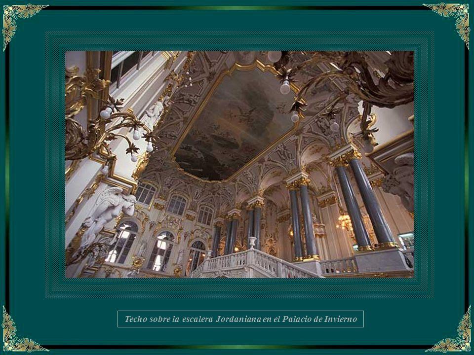 Escalera principal del Palacio do Invierno -Detalle