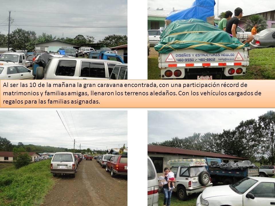 Al ser las 10 de la mañana la gran caravana encontrada, con una participación récord de matrimonios y familias amigas, llenaron los terrenos aledaños.