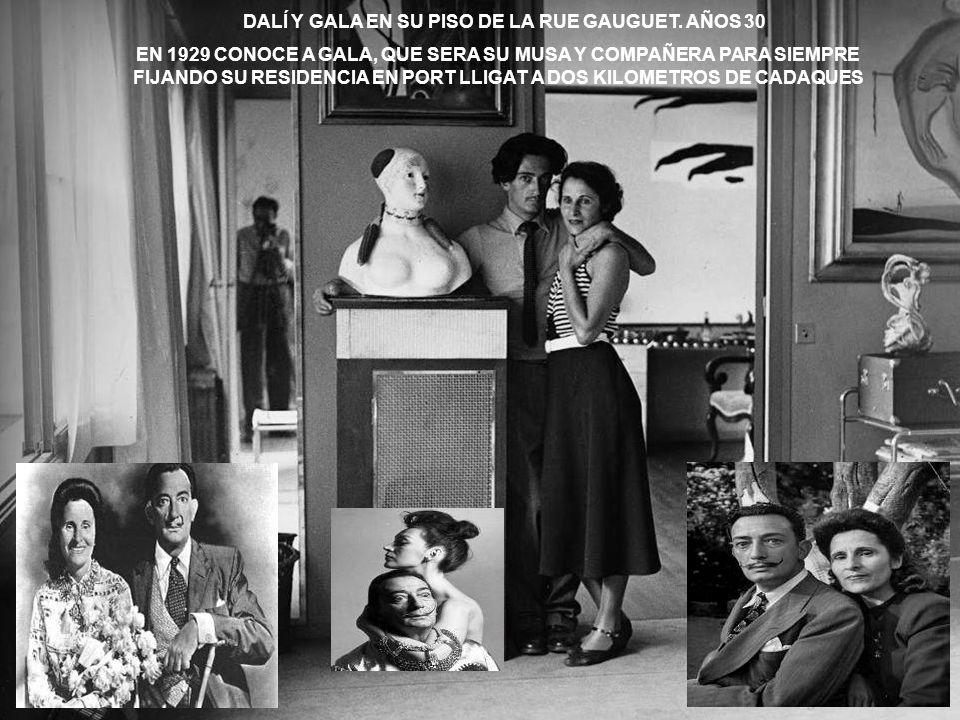 LA FAMILIA DE DALI EN 1910 SALVADOR DALI NACIO A LAS 8´45 HORAS DEL 11 DE MAYO DE 1904 EN EL NUMERO 20 DE LA CALLE MONTURIOL, EN FIGUERAS, PROVINCIA D