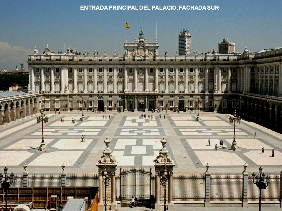 ENTRADA PRINCIPAL DEL PALACIO, FACHADA SUR