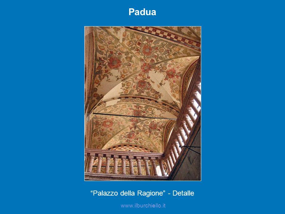 Padua Palazzo della Ragione - Detalle www.ilburchiello.it