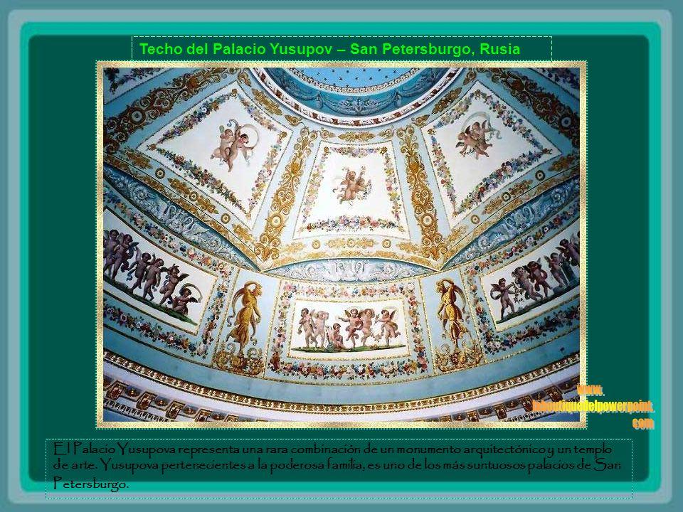 Bóveda del Palacio de Topkai - Estambul - Turquia Durante cuatro siglos, la Topkai Palace, construido en 1453, fue la residencia del Sultán Turcos Oto