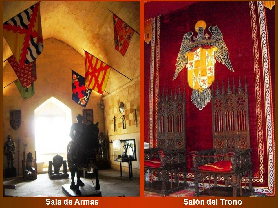 Sala de ArmasSalón del Trono