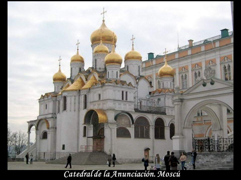 La Fuente Dorada - Moscú