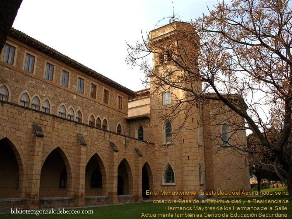 Parterres de la fachada sur del nuevo monasterio