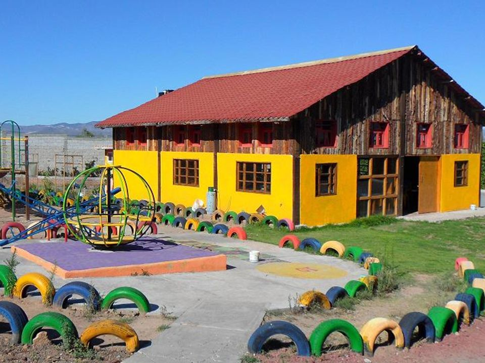 Tomar la carretera Pachuca-DF y llegar a la Casa de la Tercera Edad…