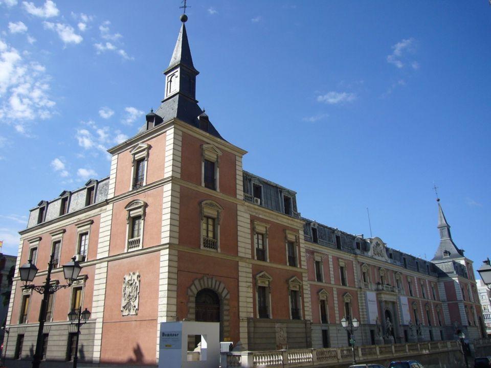 Iglesia de los Jerónimos Mandada construir por los Reyes Católicos a finales del siglo XV, ésta estrechamente ligada a la vida de la Corte y la monarq