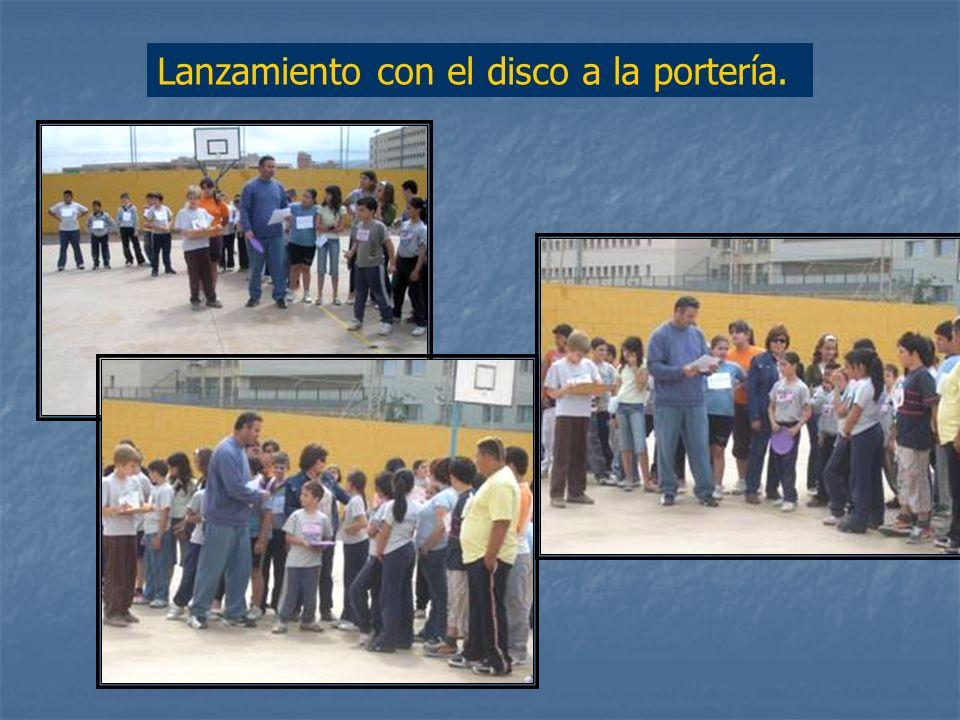 Otra de las actividades que ha resultado muy atractiva para los alumnos ha sido Los Juegos de Europa, realizada con el profesor de Educación Física. S