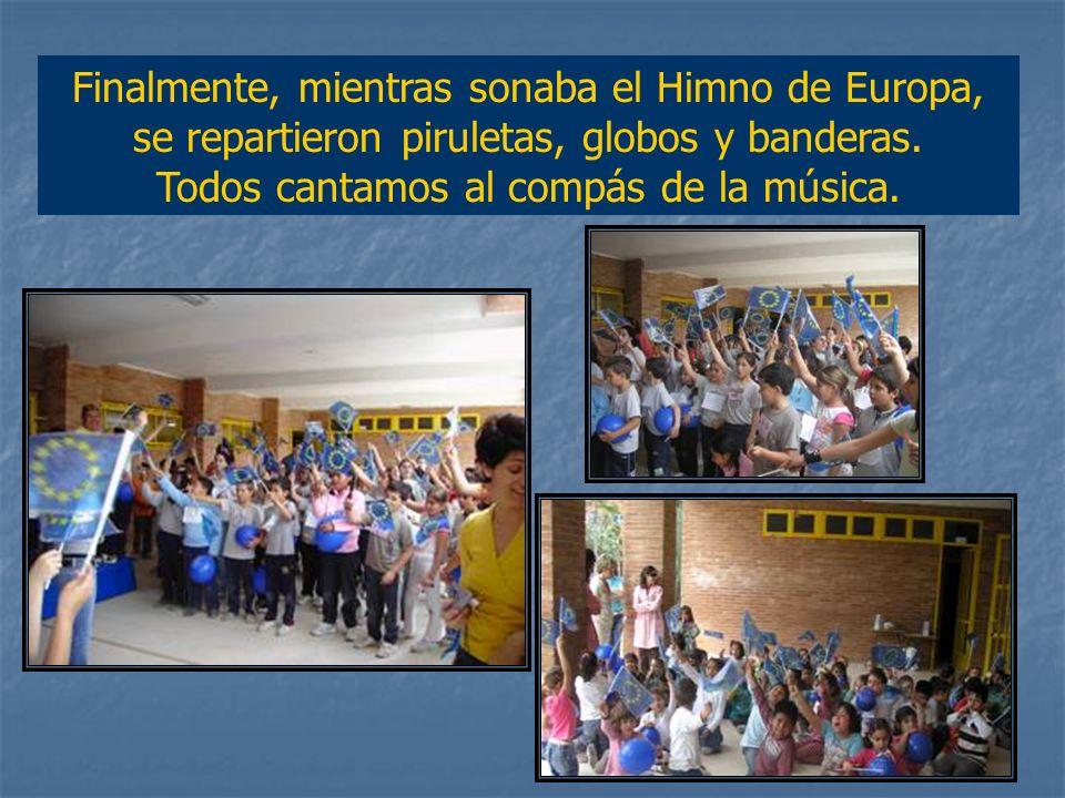 Los equipos de los países ganadores, recibieron las medallas mientras sonaba el himno del país correspondiente.