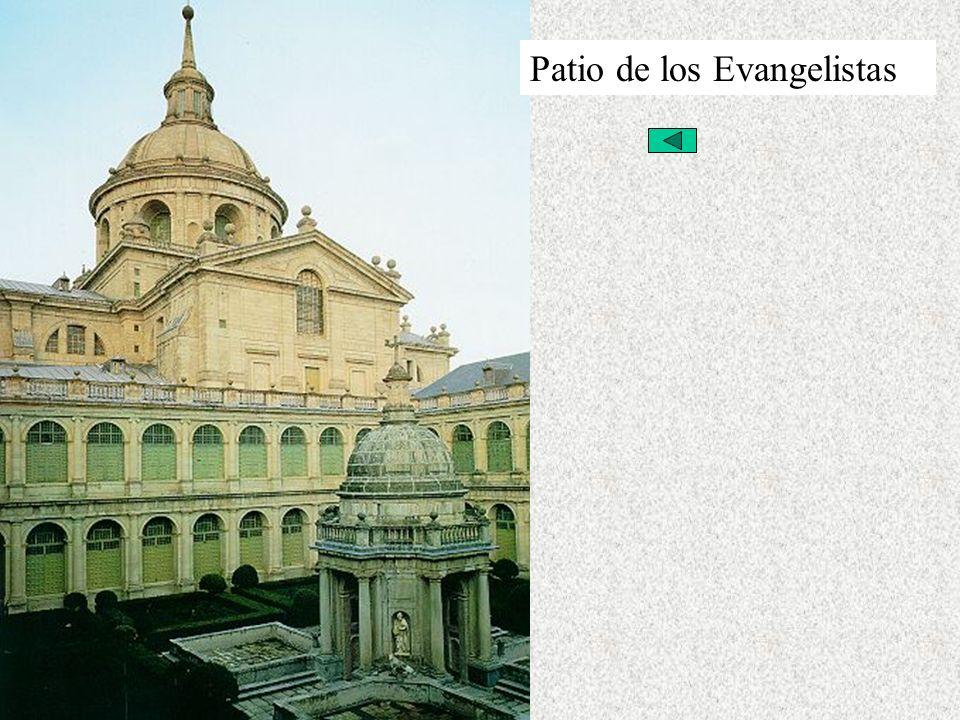 El Renacimiento Español Arquitectura Herreriana Patio de los Evangelistas