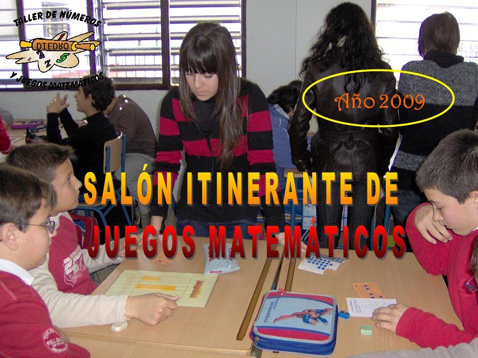 Nuestros alumnos de 3º D y 3º E enseñan a los alumnos de 6º de primaria del CEIP Pedro Gutiérrez los juegos matemáticos.