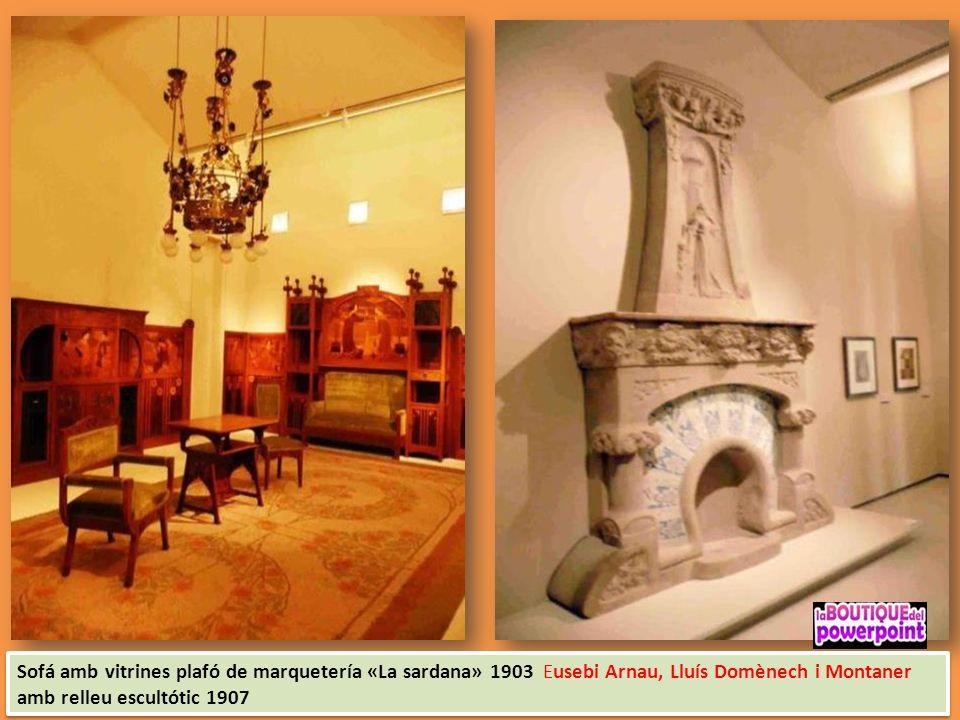 Gaspar Homar vitrina laterals plafó de marquetería de la Casa Lleó Morera
