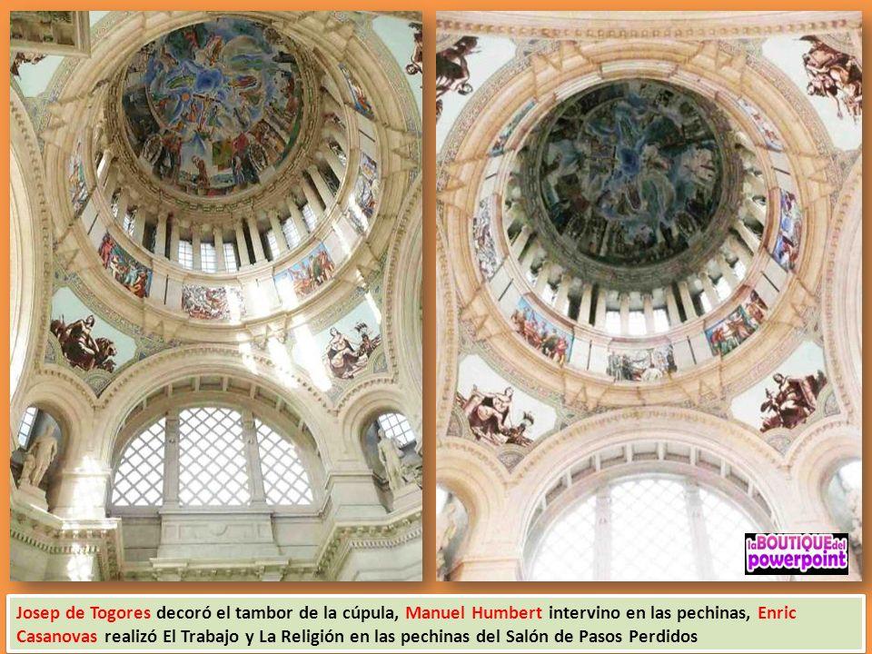 Cúpula principal del Palau Nacional, con frescos de Francesc d`Assis Galí. La arquitecta italiana Gae Aulenti fue convocada, en los años 80, para adap
