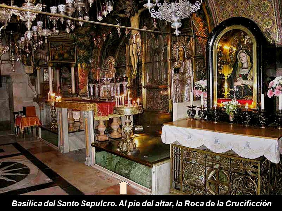 Actual plaza de entrada a la Basílica del Santo Sepulcro