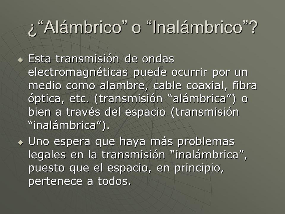 Lo Alámbrico fué primero Samuel Morse (1791-1872) patenta en 1849 el telégrafo.
