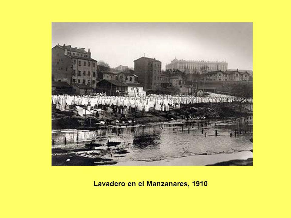 Lavadero en el Manzanares, 1910