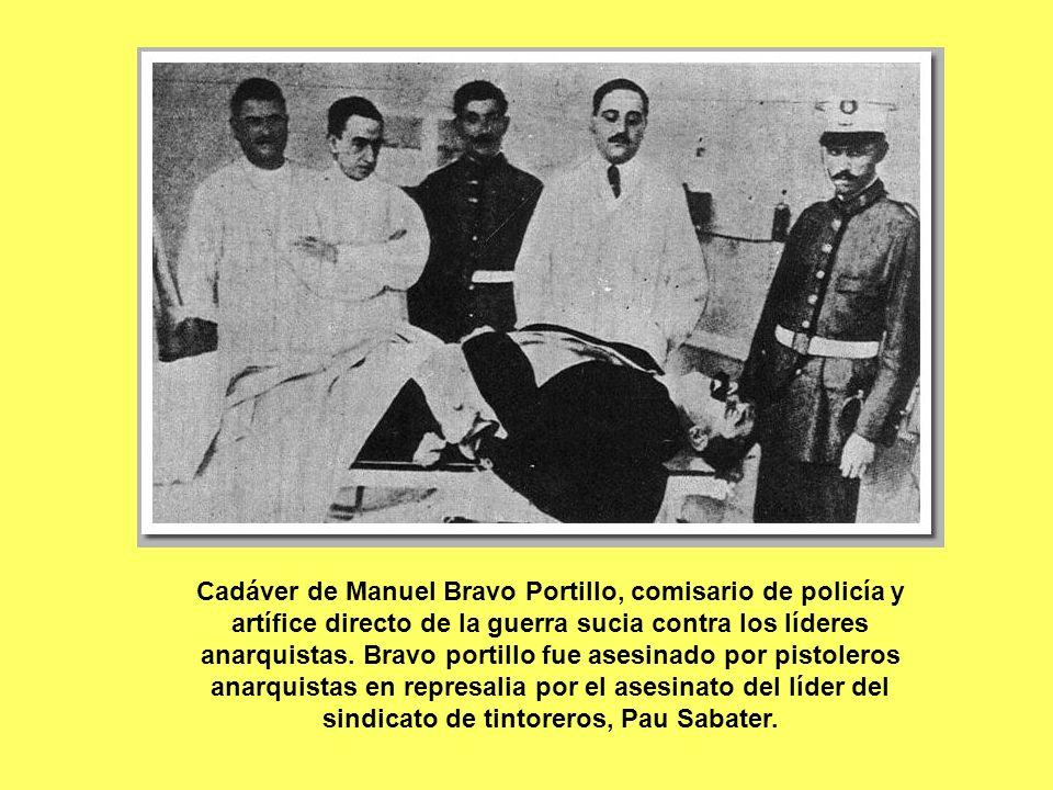 Cadáver de Manuel Bravo Portillo, comisario de policía y artífice directo de la guerra sucia contra los líderes anarquistas. Bravo portillo fue asesin