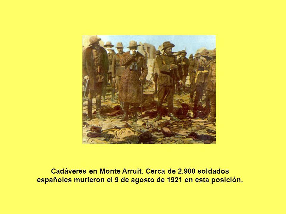 Cadáveres en Monte Arruit. Cerca de 2.900 soldados españoles murieron el 9 de agosto de 1921 en esta posición.