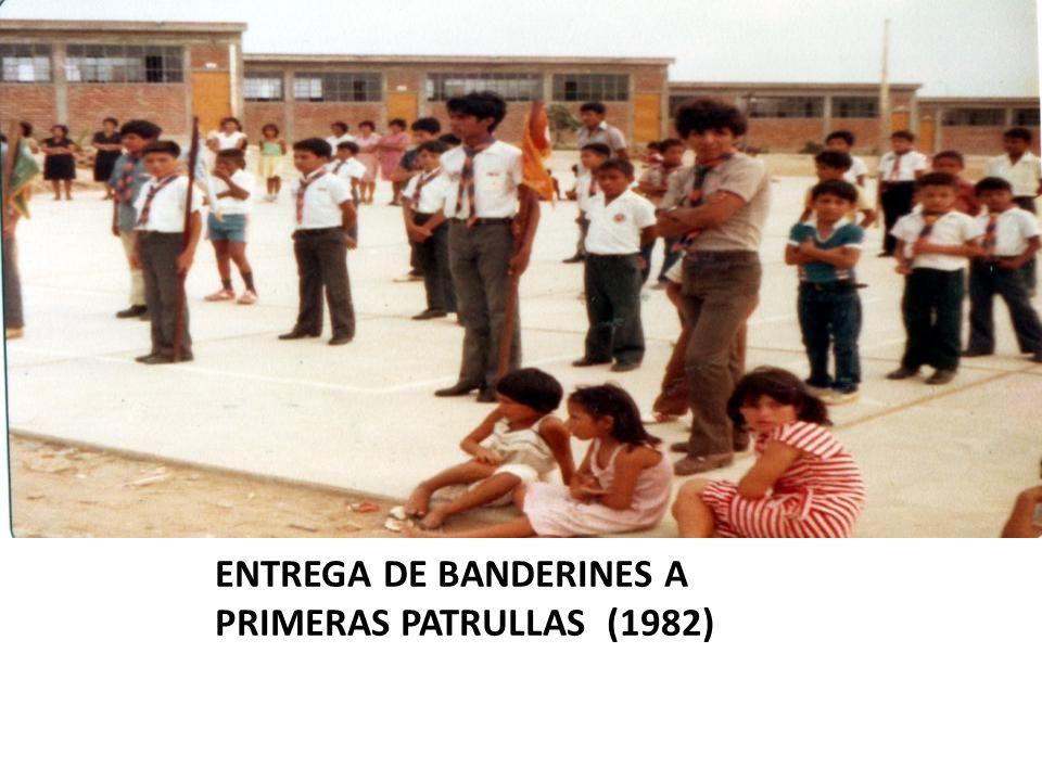 ENTREGA DE BANDERINES A PRIMERAS PATRULLAS (1982)