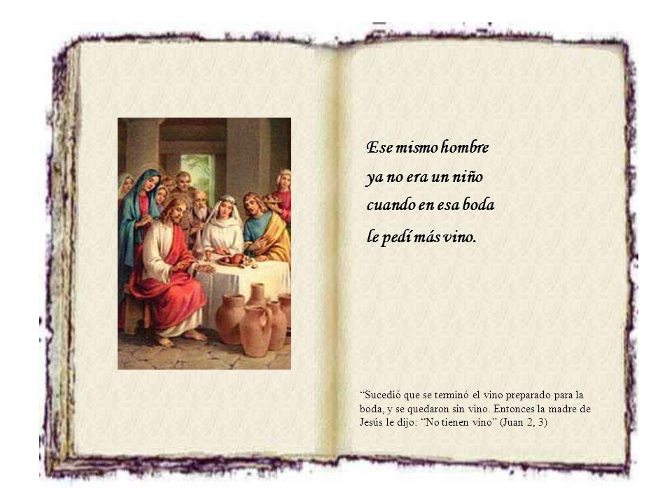 Ese mismo niño el que está en la cruz el Rey de los hombres le llaman Jesús. Pilato mandó escribir un letrero y ponerlo sobre la cruz. Estaba escrito: