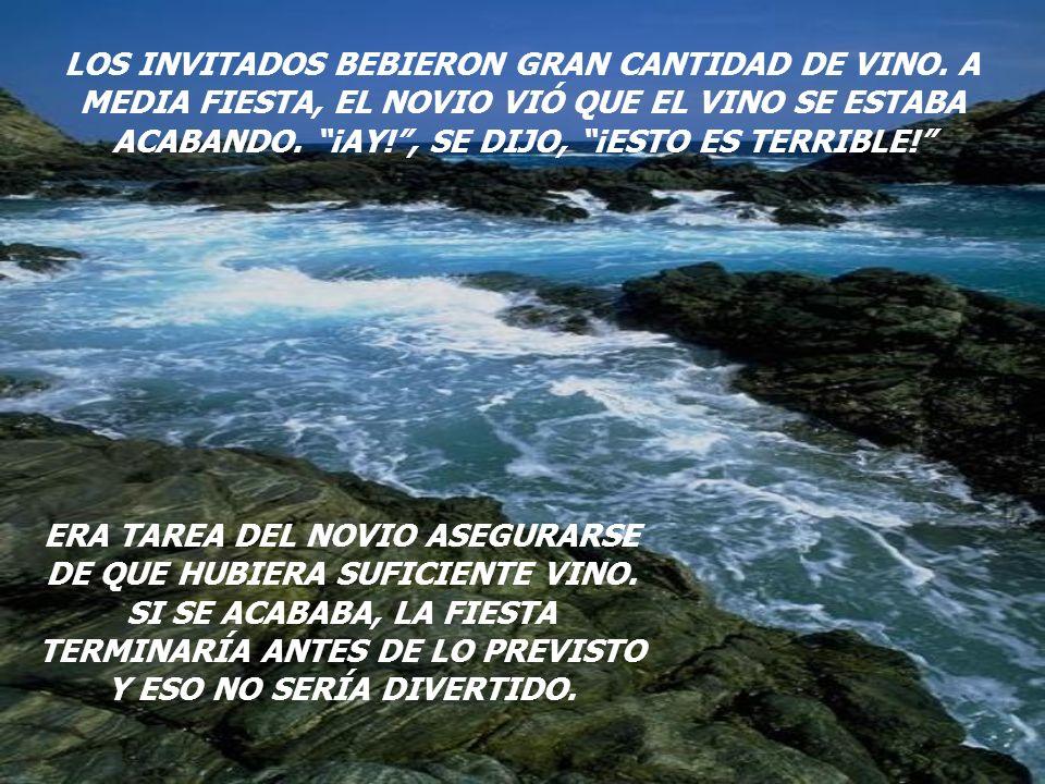LOS INVITADOS BEBIERON GRAN CANTIDAD DE VINO.