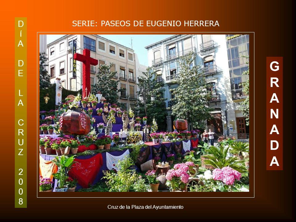 DíADELACRUZ2008DíADELACRUZ2008 SERIE: PASEOS DE EUGENIO HERRERA GRANADAGRANADA Rueca de la Plaza de Bibarrambla