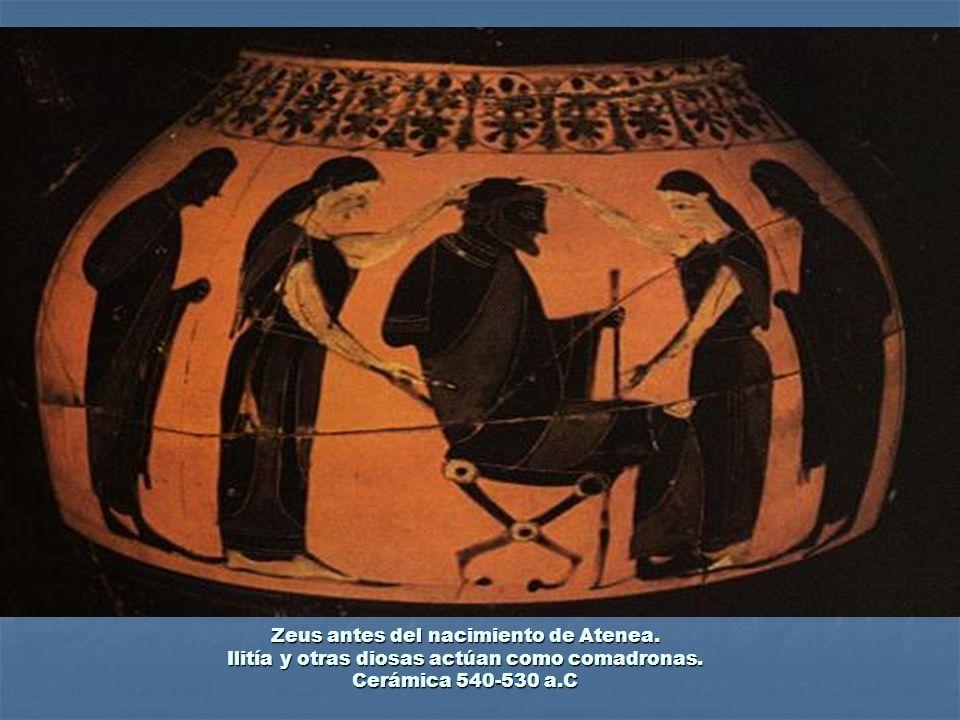 Zeus antes del nacimiento de Atenea. Ilitía y otras diosas actúan como comadronas. Cerámica 540-530 a.C
