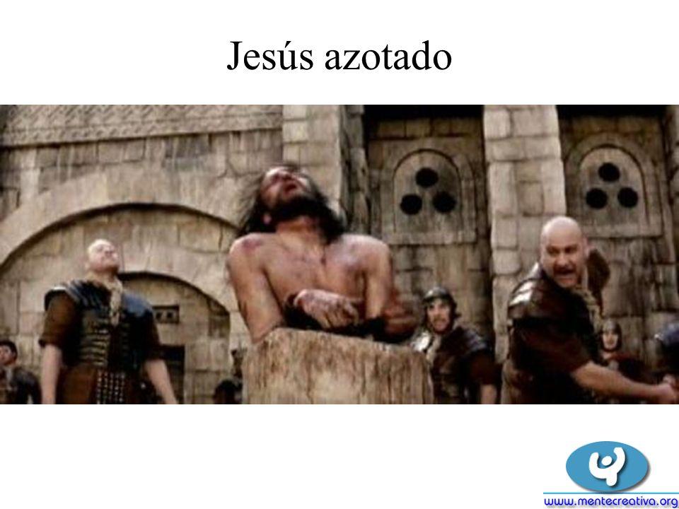 Jesús sufiendo luego de los azotes