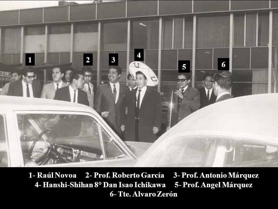 1968, enero 8 México, D.F. Bienvenida en el Aeropuerto Benito Juárez 1a. visita a México del Prof. Isao Ichikawa (Hanshi-Shihan 8° Dan) Invitado por e