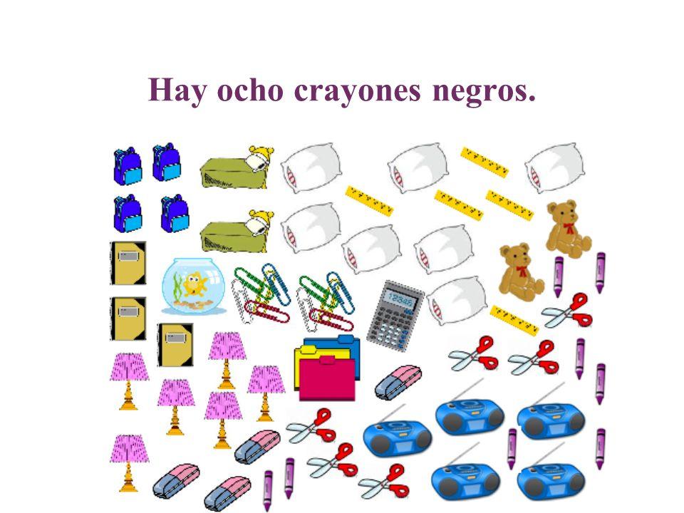 Hay ocho crayones negros.
