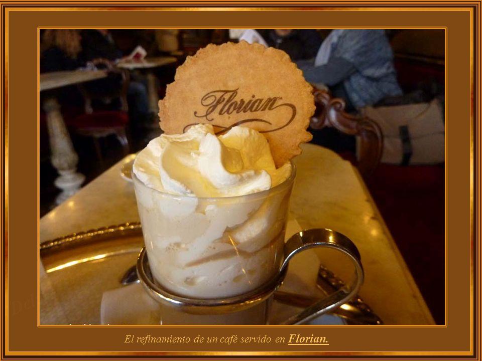 Café Florian ha sido un punto de encuentro de escritores y artistas en el pasado y en la actualidad; se destaca como un museo viviente. En sus mesas s
