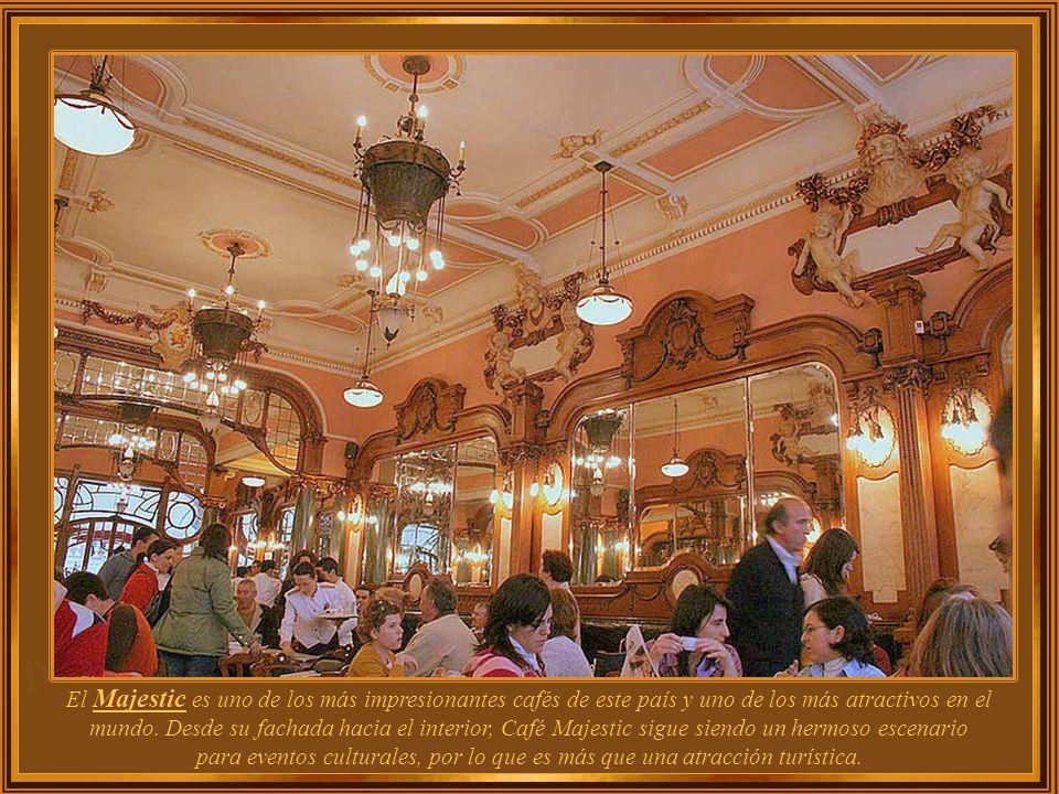 Es en la segunda ciudad más grande de Portugal, que se ubica uno de los mejores cafés del mundo, con el nombre de Café Majestic. Inaugurado en 1921 ba