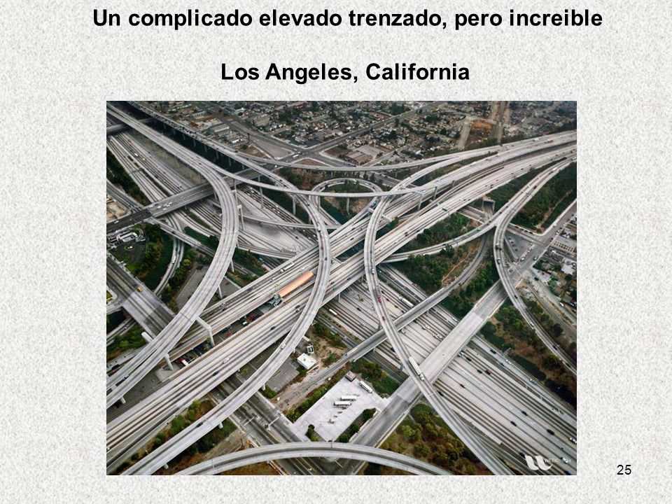 25 Un complicado elevado trenzado, pero increible Los Angeles, California