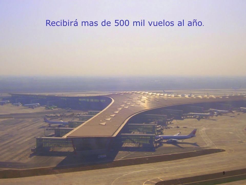 El edificio principal de la terminal tiene un área de piso de 1.3 millones de mts² la mayoría bajo un sólo techo.Un estimado de 50 millones de pasajeros al año pasarán por este aeropuerto.