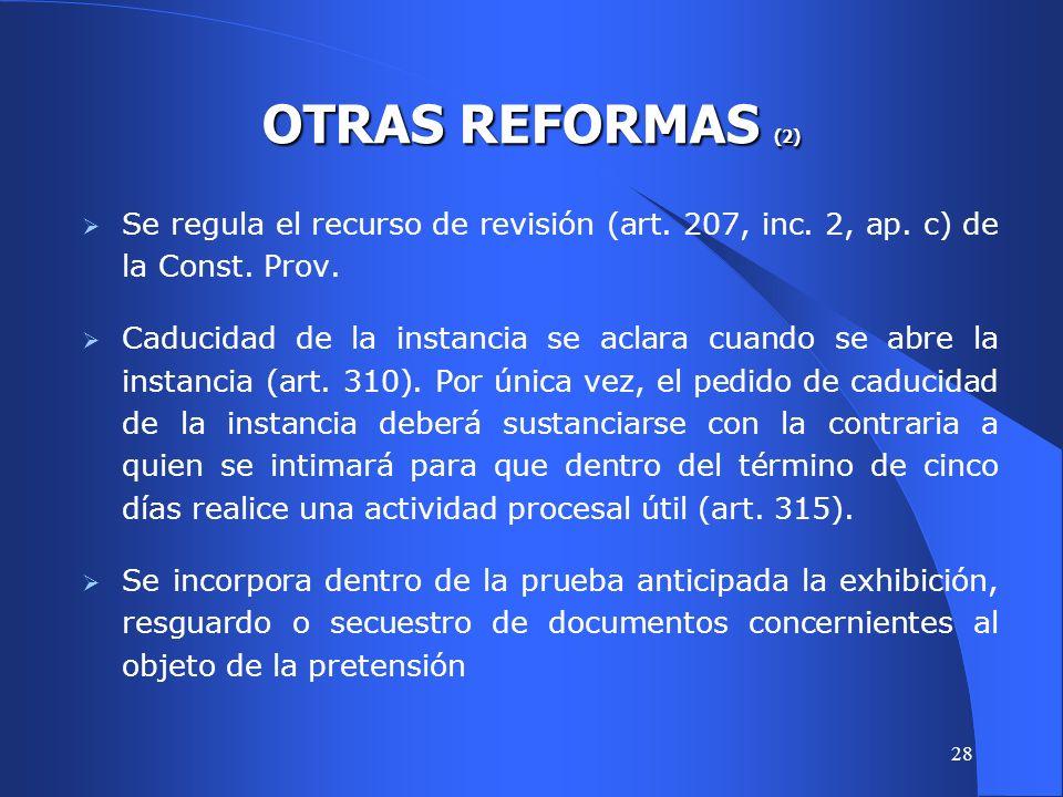 27 Se contemplan las providencias dictadas sin sustanciación pero que, exceden el contenido de las de mero trámite.